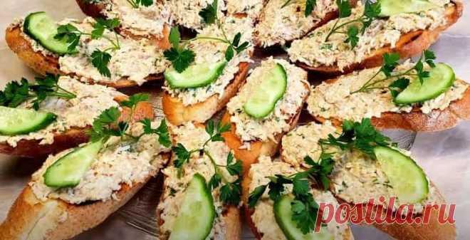 Намазка на Бутерброды из Рыбных Консервов Рецепт Намазка на бутерброды из рыбных консервов, яйца и плавленого сыра с добавлением чеснока, получается очень вкусной.