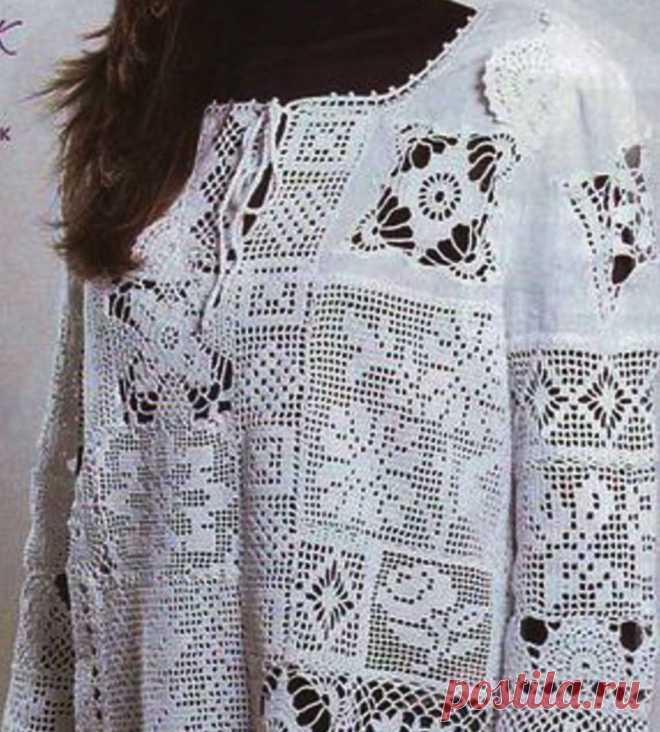 La túnica de encajes por el gancho en la técnica de filete. La túnica femenina por el gancho en el estilo pechvork |