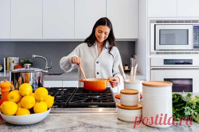 """Здравствуйте, сегодня хочу рассказать про хороший сайт с рецептами - 8spoon. Его владелица - Ольга, любит делиться рецептами. В повседневности, девушкам не всегда хватает времени для готовки здоровой еды для семьи. Поэтому, она решила создать сайт с рецептами вкусной и полезной еды. Наверное, у вас появился вопрос:""""Почему название - 8ложек?"""". Название, по мнению владелицы, запоминается. Именно на этом сайте имеются оригинальные рецепты, без изменений пропорций и ингредиентов."""