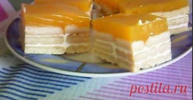 """Пирожное """"Фанта"""" – особенно кстати в жару, когда хочется полакомится холодным десертом, а стоять у плиты совсем нет желания."""