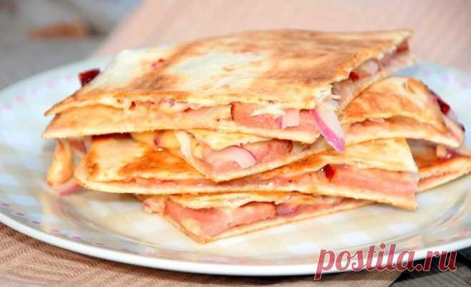 Кесадилья с сыром и колбасой   Журнал
