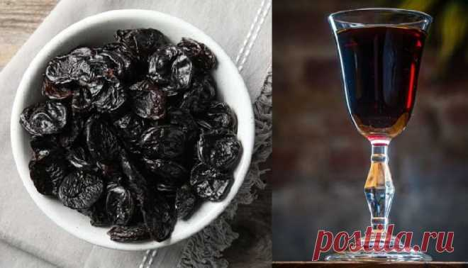 Домашняя настойка на черносливе на водке. Рецепт. Как сделать? Чернослив обладает удивительным ароматом и вкусом, а также обладает целым рядом полезных для здоровья свойств. Всё это относится и к настойке.