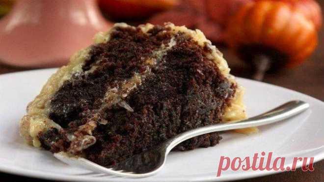 Немецкий шоколадный торт для любителей шоколада Немецкий шоколадный торт является изысканным лакомством для всех любителей шоколада. Десерт очень гармоничен по вкусу, так что устоять невозможно