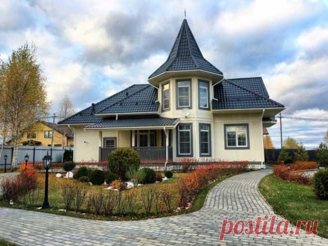 Как правильно сочетать цвет фасада и крыши дома? Расскажем базовые правила сочетания цвета фасада и крыши дома. Покажем подборку из самых популярных комбинаций и расскажем про их особенности.
