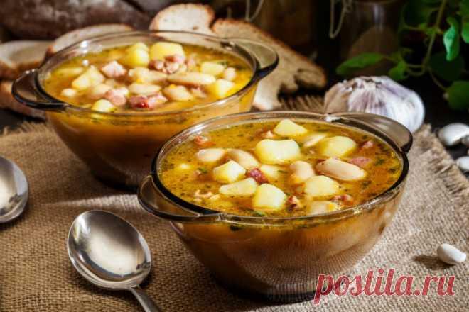 Отменное блюдо к обед: суп из фасоли с беконом