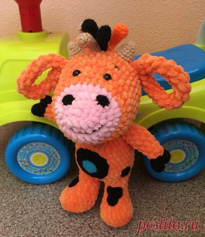 PDF Телёнок Tiny Love. FREE amigurumi crochet pattern. Бесплатный мастер-класс, схема и описание для вязания игрушки амигуруми крючком. Вяжем игрушки своими руками! Телёнок, коровка из мультфильма Тини Лав, cow Tini Love, теленок. #амигуруми #amigurumi #amigurumidoll #amigurumipattern #freepattern #freecrochetpatterns #crochetpattern #crochetdoll #crochettutorial #patternsforcrochet #вязание #вязаниекрючком #handmadedoll #рукоделие #ручнаяработа #pattern #tutorial #häkeln #amigurumis #tinylove