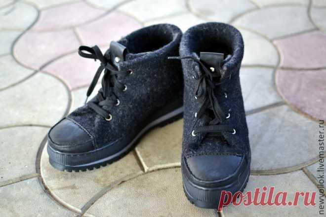 1e866930dbfc4 Купить Мужские валяные ботинки в интернет магазине на Ярмарке Мастеров  Купить или заказать Мужские валяные ботинки