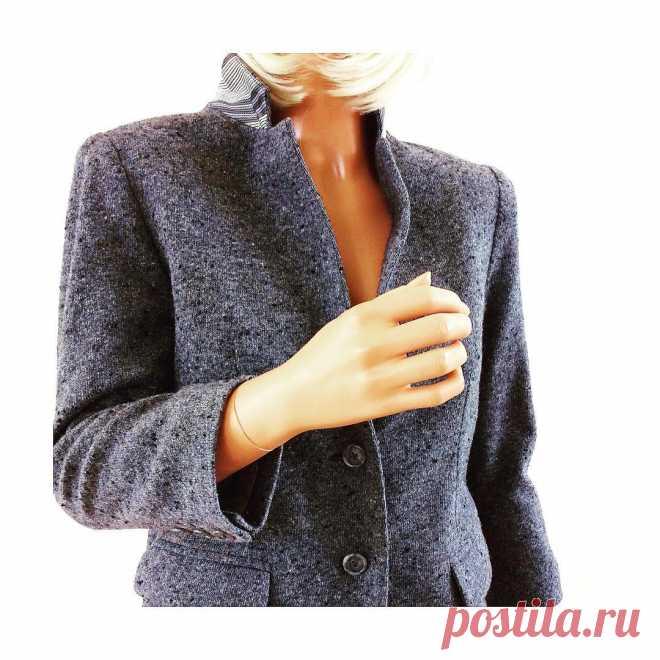 Kylie Klein - Items for sale в Instagram: «Ron Herman schoolboy gray blazer 🖤💙» 24 отметок «Нравится», 3 комментариев — Kylie Klein - Items for sale (@fashioninthebu) в Instagram: «Ron Herman schoolboy gray blazer 🖤💙»