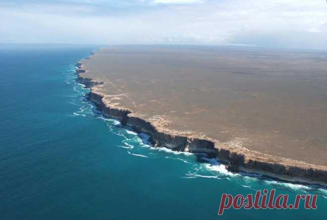Равнина Налларбор (Австралия). Выглядит практически как край света : )