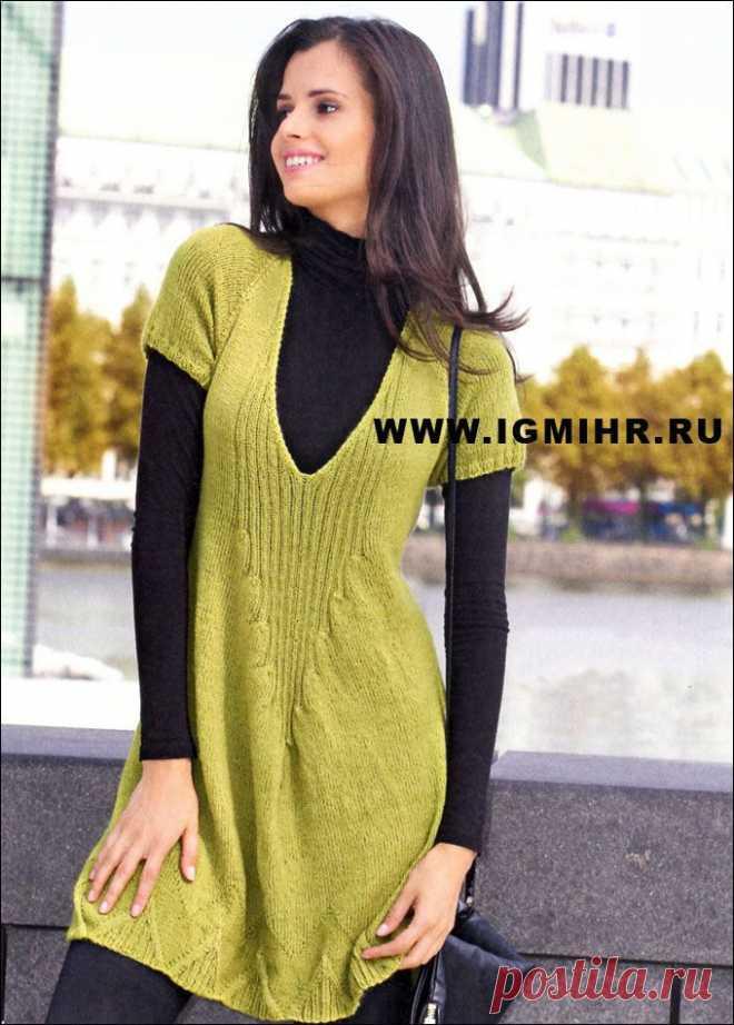 Желто-зеленое платье-реглан из мягкой пряжи, от Verena. Спицы
