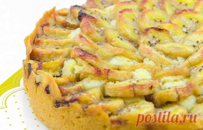 Банановый пирог без сахара – почти диетический Банановый пирог без сахара – почти диетический - очень вкусное блюдо, который вы можете легко приготовить по рецепту на этом сайте.Много хороших и проверенных рецептов в одном месте!