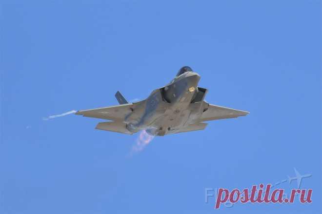 Фото Lockheed F-35C (AFR175271) - FlightAware