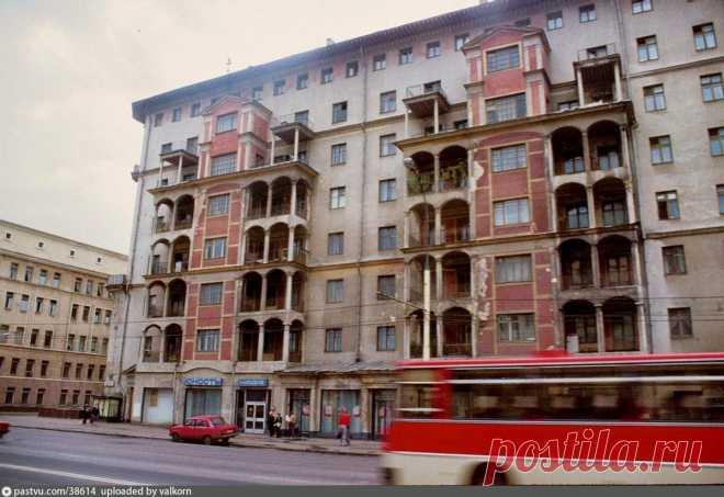 Что прячется за красивым фасадом дома №40 на Проспекте Мира?   О Москве нескучно   Яндекс Дзен