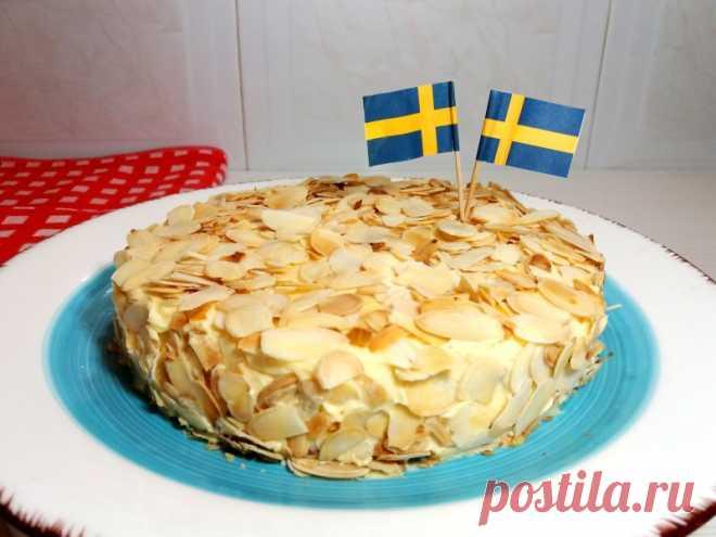 Шведский Миндальный торт как из ИКЕА.Рецепт торта без муки. Шведский миндальный торт как из ИКЕА получается нежный,мягкий,ароматный и очень вкусный. Рецепт очень простой и легкий.С таким тортом справится даже ребенок.ИНГРЕДИЕНТЫ:Для коржей:Миндаль – 100 грБелки – 3 штСахар – 70 грСоль – щепоткаДля крема:Сливочное масло – 80 грЖелтки – 3 штСахар  -...