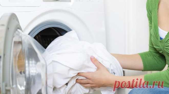 Моя соседка постоянно бросает в стиральную машинку шарик из фольги. Теперь я тоже так делаю! — В Курсе Жизни